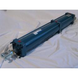 пневматический цилиндр / с 3 поз AirControl Industrial S.L. - пневматический цилиндр / с 3 позициями